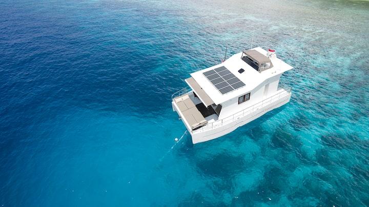 Catamaran 2 Passengers Bali/Komodo