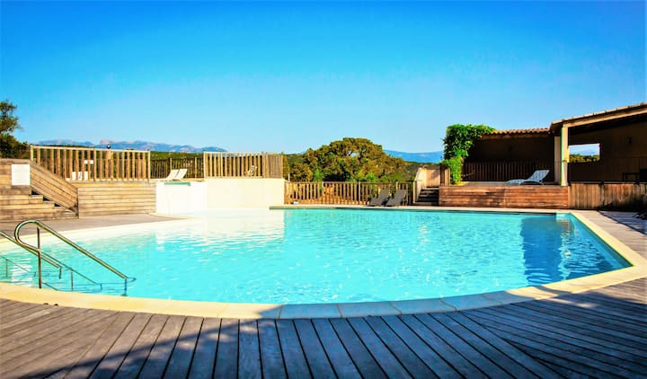 SANTA GIULIA studio avec piscine