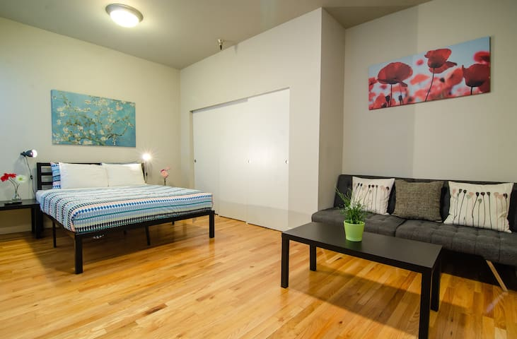 Best Value for a Studio in Downtown Seattle #307
