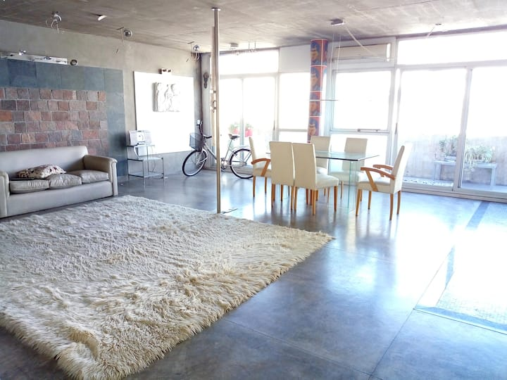 DEPARTAMENTO LOFT 90 m2  BALCÓN SOL Recoleta SUBTE