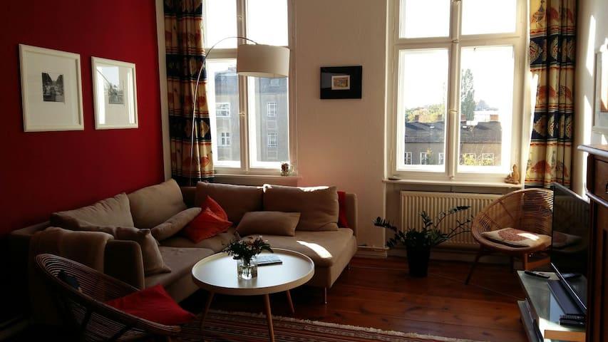 Gemütliche sonnige Altbauwohnung - Berlin - Apartment