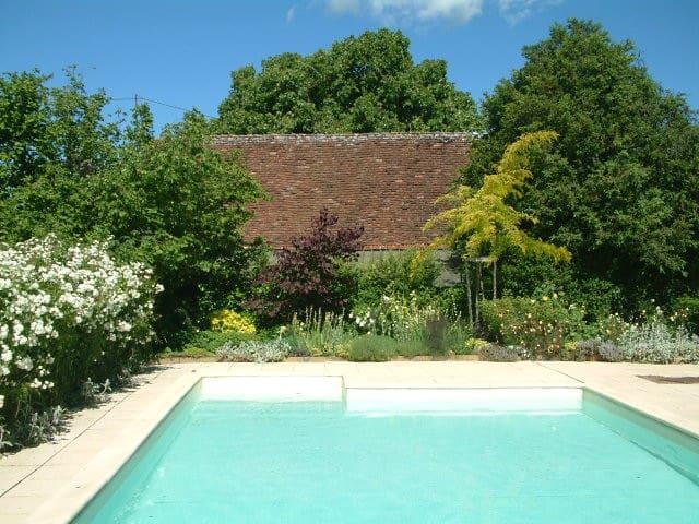 B&B met luxe zwembad in de Dordogne - Temple-Laguyon - ที่พักพร้อมอาหารเช้า