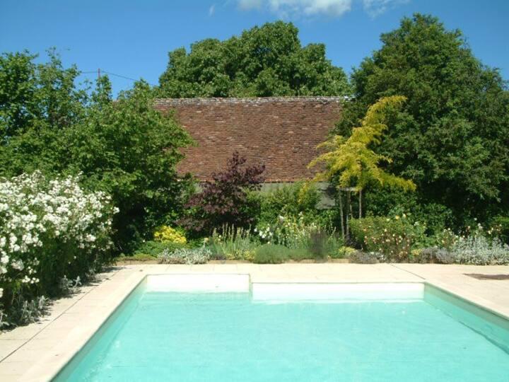 B&B/chambre d'hôtes met luxe zwembad in Dordogne