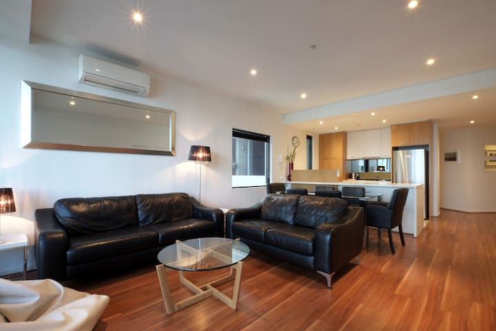 ACD Apartments - Executive Two Bedroom Apartments