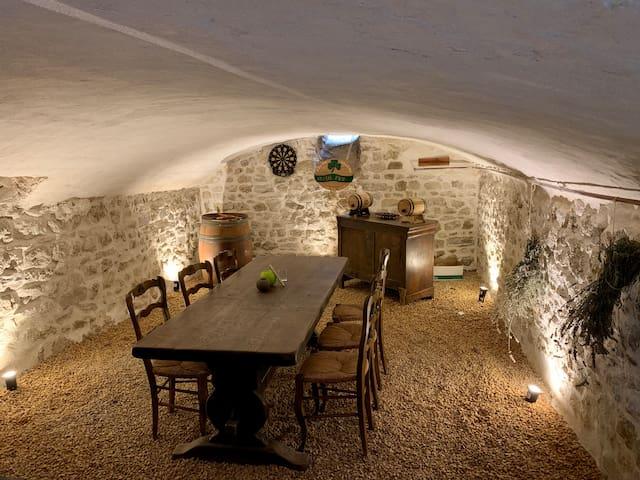 Maison chaleureuse et de caractère à Thuret