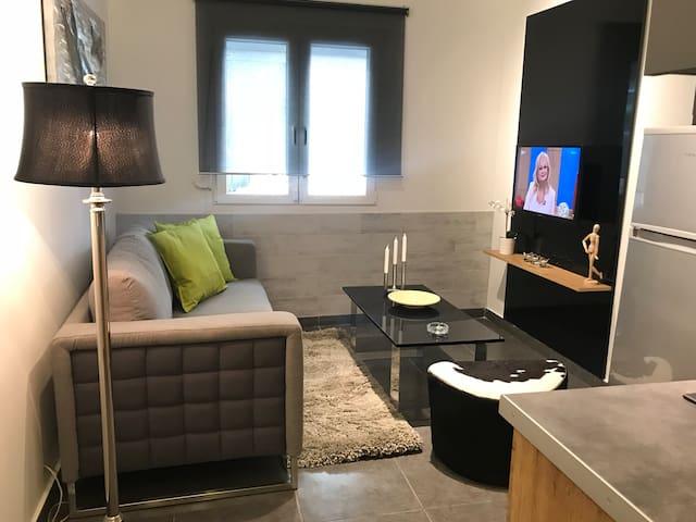 Stylish, modern brand new apartment !!