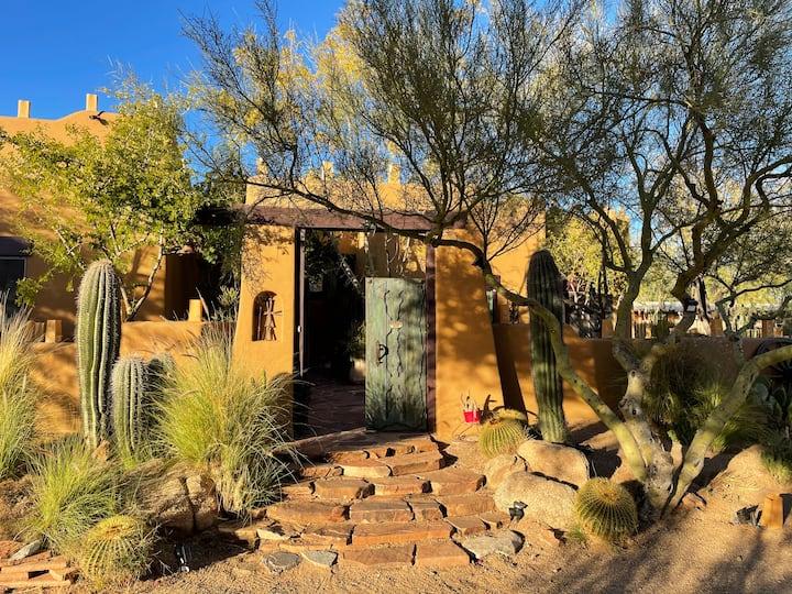Rustic Private Unit in Scottsdale Horse Property