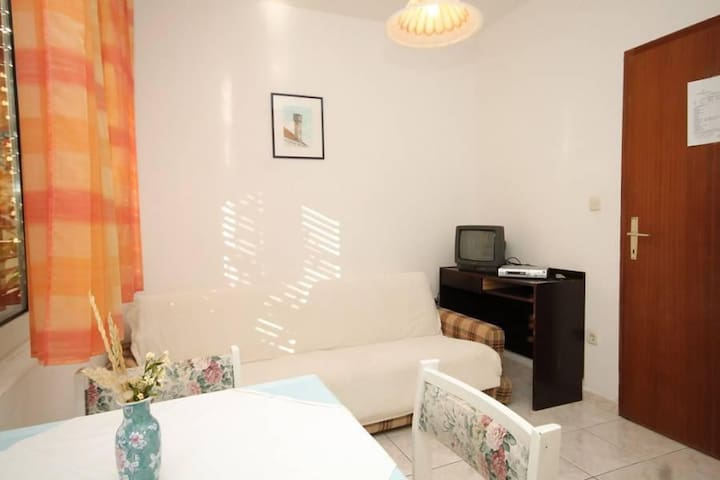 One bedroom apartment with terrace and sea view Pasadur, Lastovo (A-996-a) - Pasadur