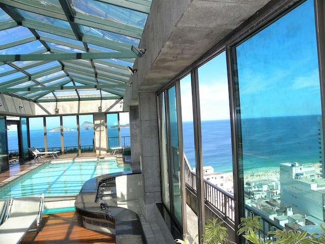 Tiffany's Residencial Service Ipanema Beach Luxo.