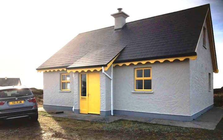 6 Leitirshask, Ballyconneely - Country Chic Living