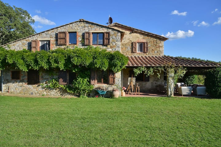 Awesome Country Pool Villa in Chianti area