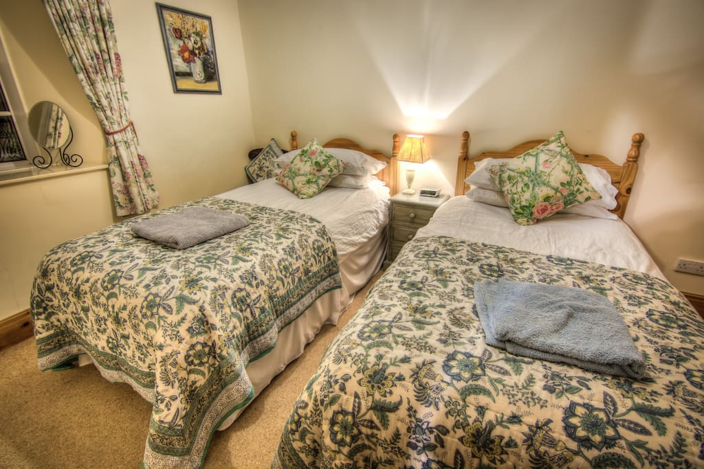 This is the twin bedroom.
