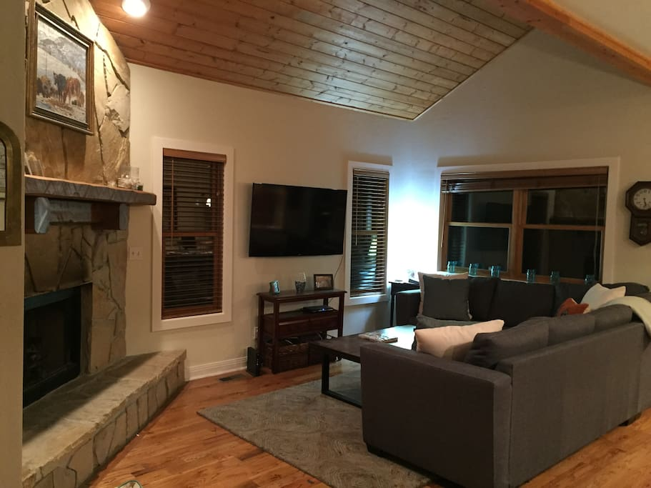 Living room with fire place, cable TV and wireless internet