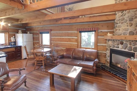 Waterfront Log Cabin, Generations Inn - Carleton Place
