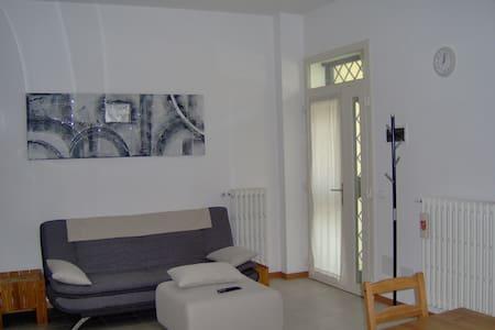 Tito Guesthouse - Osteria Nuova di Sala Bolognese - Dům