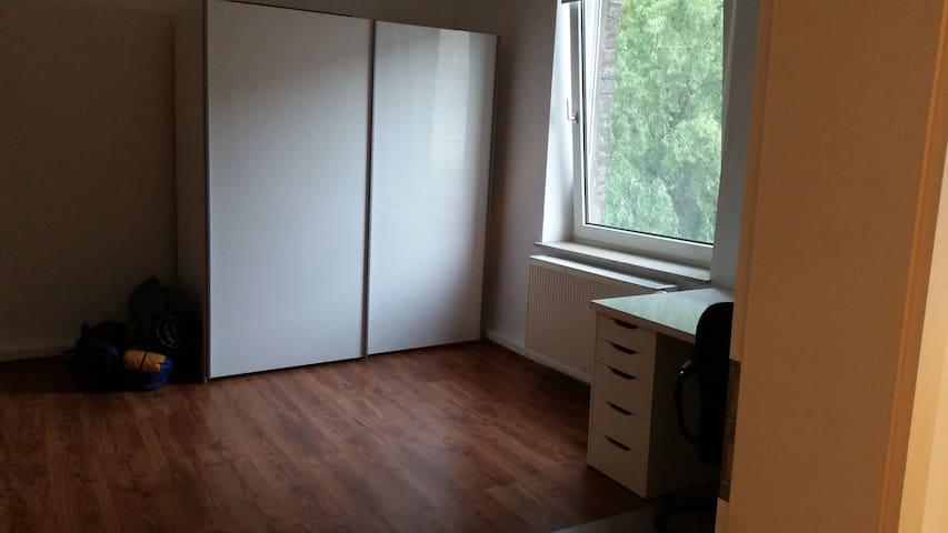 Zimmer für 2-3 Personen