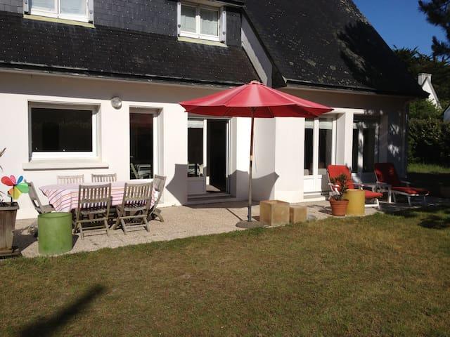 Villa de Famille en bord de Plage