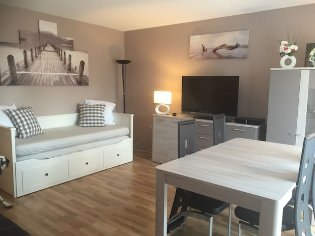 Appartement proche Disneyland Paris - Magny-le-Hongre - Apartament