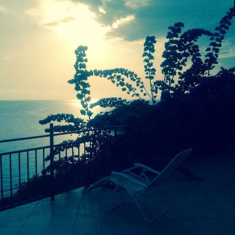 Sea view apart with sauna:-) - Kruce - Villa