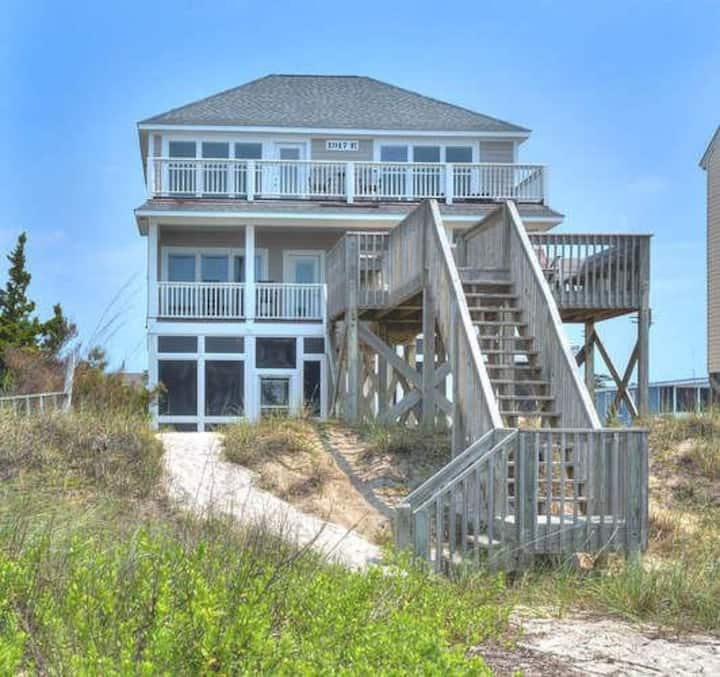 Stranded Indolphinately-Beautiful, 5 Bedroom/3.5 Bath, Private Oceanfront Home