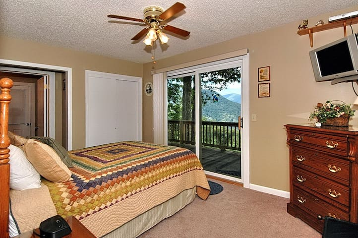 A/C, Awesome View,Quiet, Easy Acces - Maggie Valley - Σπίτι