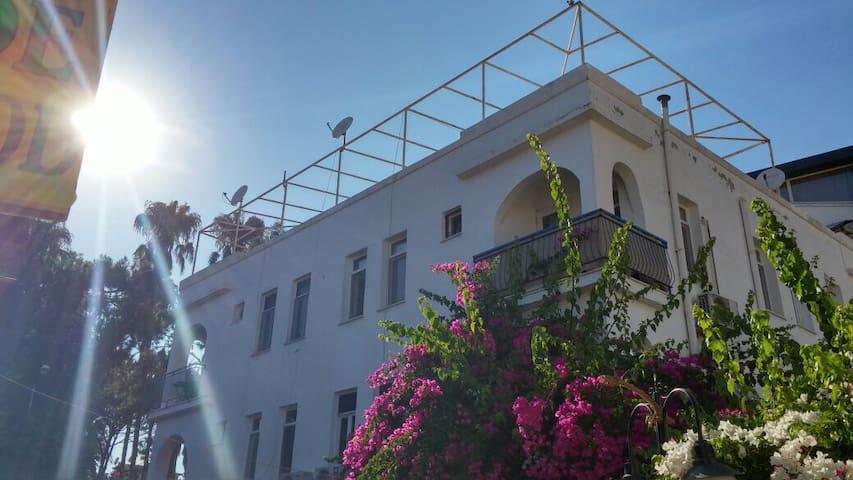Kaş merkezde denize 50 m,30m2 daire - Kaş - Apartamento