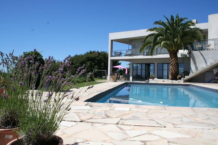 Luxury villa close to Nice - Tourrettes-sur-Loup - House