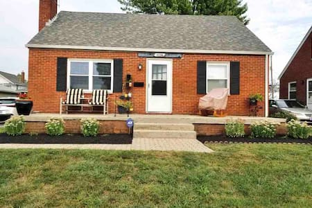 Within Walking Distance to Downtown Grove City