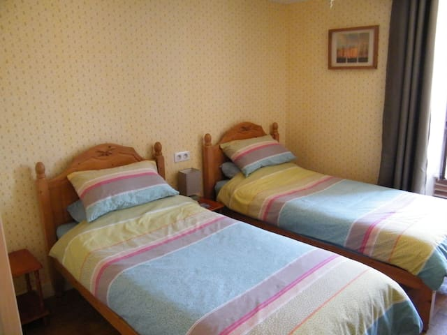 Dijon Room at Le Campagnard 87 - Rochechouart - Bed & Breakfast
