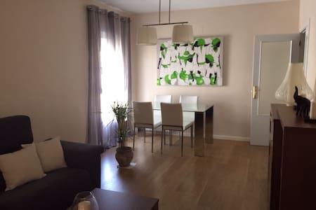 APARTAMENTO CON PISCINA - Apartment