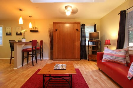 Adorable, spacious studio for 4! - Guerneville - Apartment