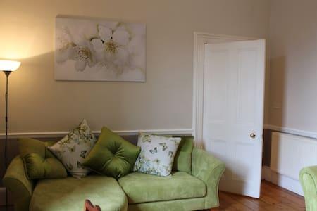 Lovely flat in heart of Stockbridge - Edinburgh - Lejlighed