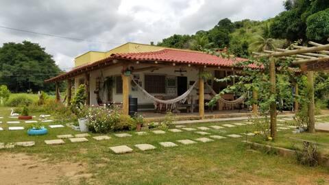 Casa de campo Sítio Toca da Onça Aimorés/Itueta MG