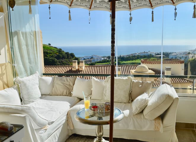 A paradise with sea view to the coast of Afrika - Sitio de Calahonda - Bed & Breakfast