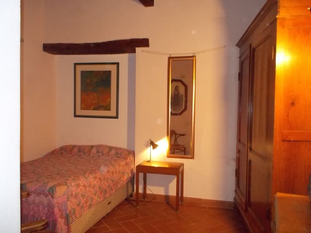 The artist's room - Massa Marittima - Apartment
