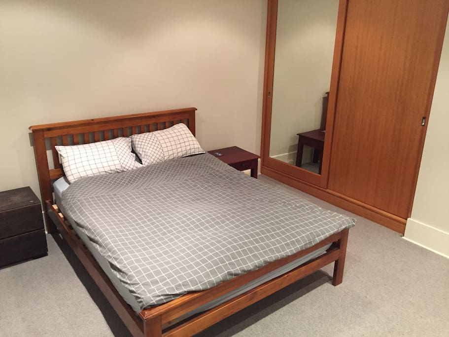 Guests Bedroom | new carpet