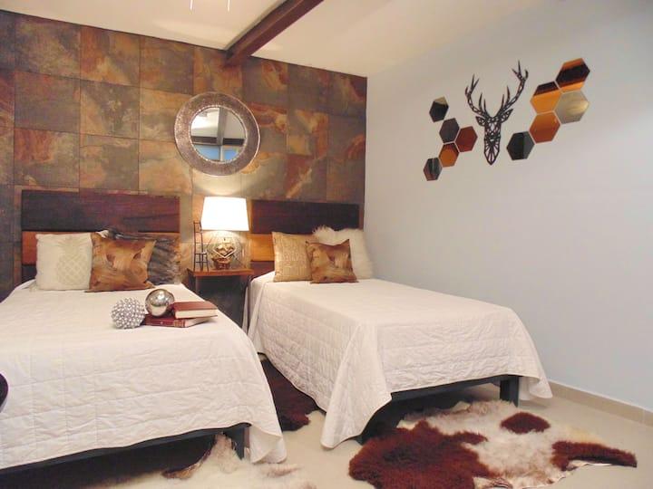 Suite baño y cocina privado, camas indv SANITIZADO