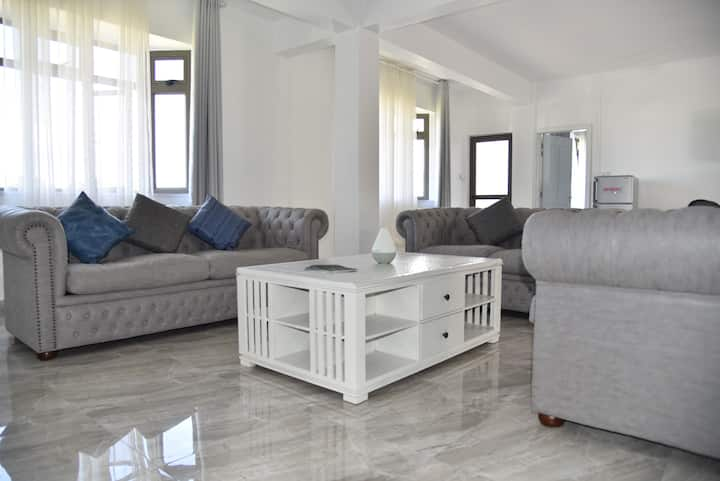 Wellfinity House,entire floor in luxury apartments