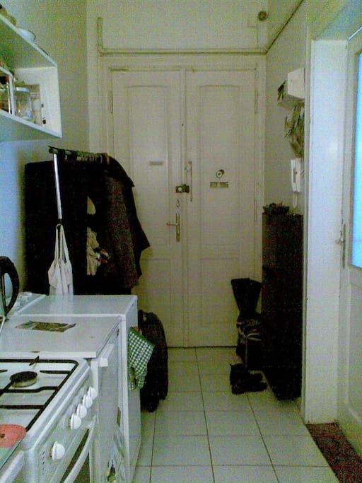 Hall/Kitchen