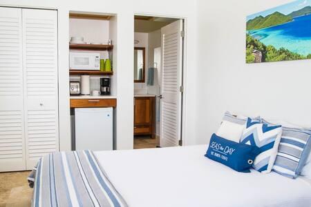 Brand New Modern 1 Bedroom Suite - St. John