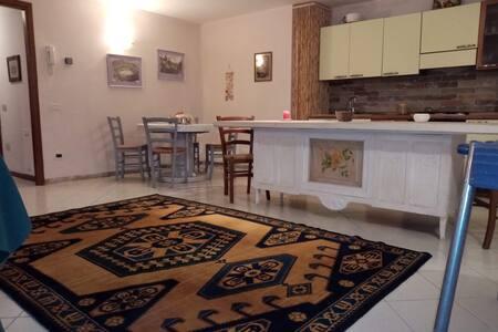 Casa La Cocca -Ampio appartamento in Valtenesi