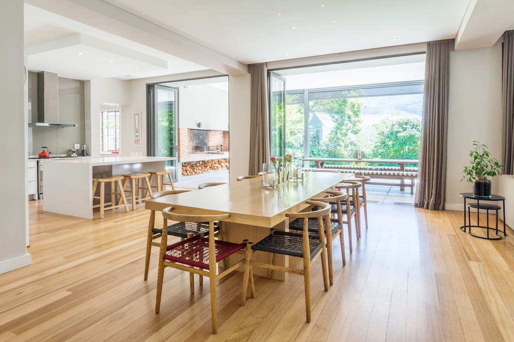 10 seater dining room table with open plan kitchen