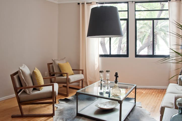 CONDESA - Big 3 BDR apartment -  Fits 8 guests