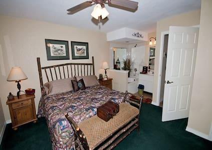2BR Fox River Resort and Golf - Sheridan