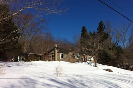 Ski season in the Berkshires - Williamstown - Casa