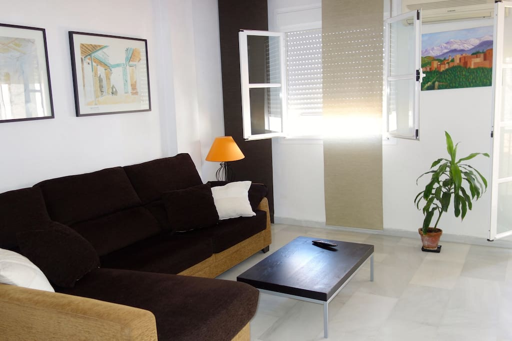 Salón, sitting room