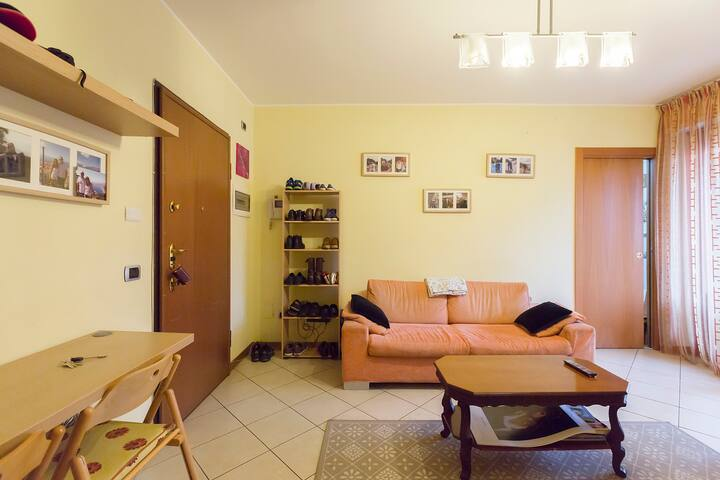 Lovely apartment with terrace, close Loreto square