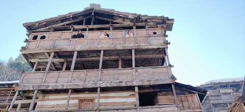 Dev kyara Homestay, Jakhol