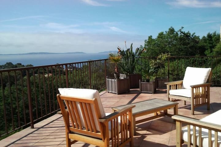 Beautiful seaside villa - Rayol-Canadel-sur-Mer - House