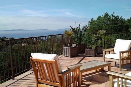 Beautiful seaside villa - Rayol-Canadel-sur-Mer - Casa